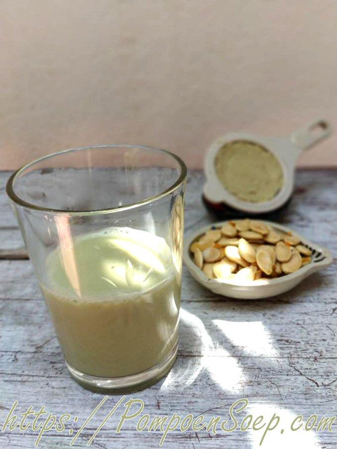 Plantaardige pompoen-melk